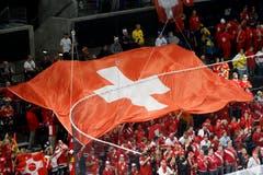 Eine Schweizer Fahne in der Royal-Arena in Kopenhagen. | Bild: Salvatore Di Nolfi / Keystone
