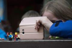 Legomännchen auf dem Dorfrundgang beobachtet.