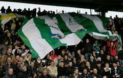 Frenetische Unterstützung war dem FC St.Gallen im Espenmoos gewiss. (Ralph Ribi)