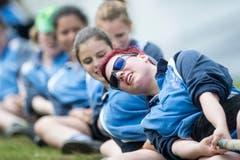 Das Damen Team von Thurtal in Aktion in der Kategorie Damen 520 kg. Bild: Urs Flüeler, Keystone (Stans, 19. Mai 2018)
