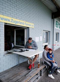 Das Turnierbüro in Steinhausen. (Bild: Stefan Kaiser, 19. Mai 2018)