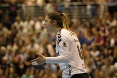 Spono gegen Brühl (Schwarz)Spono ist Schweizer MeisterDie Torhüterin der St.Galler, Sladan Dokovic, ist mit ihren Feldspielerinnen vor allem in der zweiten Halbzeit unzufrieden.