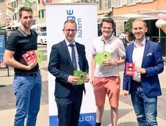 Die Jungfreisinnigen waren in Willisau. Mit dabei: Kantonsrat Jim Wolanin (zweiter von links) (Bild: PD)