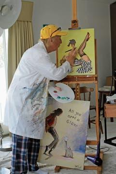 «Mit meinen Bildern bin ich nie ganz zufrieden»: Otto im Atelier. (Bild: Daniela Grunwald)