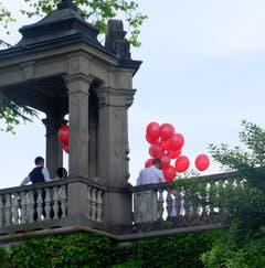 Hochzeitsfeier beim Schloss Meggenhorn. (Bild: Sepp Bernasconi)