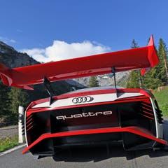 Audi dreht am Klausenpass einen Clip für die Formel E. (Bild: Audi AG, Spiringen, 28. Mai 2018)