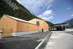 Der Neubau wurde im Stil der traditionellen Urner Ställe errichtet. (Bild: Urs Hanhart (Schattdorf, 31. Mai 2018))