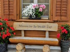 """""""Nimm dr äs bizäli Zyt"""" ! Wer könnte da nein sagen ? Aufgenommen in Giswil. (Bild: Margrith Imhof-Röthlin)"""