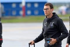 Nati-Captain Stephan Lichtsteiner bei der Ankunft in Samara. (Bild: Laurent Gilliéron / Keystone (Samara, 11. Juni 2018))