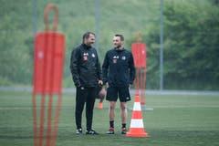 Michael Silberbauer (links) im Gespräch mit Christian Schneuwly. (Bild: Pius Amrein (Luzern, 13. Juni 2018))