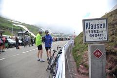 Viele Hobbyfahrer radelten auf den Klausenpass. (Bild: Urs Hanhart)
