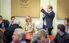 Frauenfeld TG - Informationsanlass der Thurgauer Zeitung im Brauhaus Sternen. Stehend: Beat Oehrli, Direktor der Klinik Schloss Mammern. Bild: Reto Martin