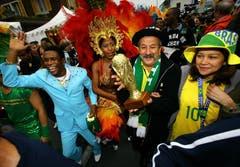Den WM-Pokal gewannen die Brasilianer 2006 nicht. Die Festfreude in Weggis, hier anllässlich der Stadion-Einweihung, war jedoch weltmeisterlich. (Bild: Archiv LZ (23. Mai 2006))