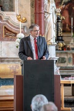Bildungsdirektor Franz Enderli hält eine Rede. (Bild: Izedin Arnautovic, 15. Juni 2018)