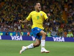 Brasiliens Coutinho erzielte in der 19. Minute das 1:0 für Brasilien. (AP Photo/Themba Hadebe)