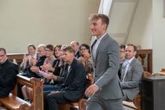 Raffael Kaufmann holt sein Zeugnis ab (Bild: Izedin Arnautovic, 15. Juni 2018)