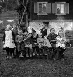 Familie Mathis, Gerbi ob Mettlen, Wolfenschiessen, 1939. (Bild: Leonard von Matt / © © Madeleine Kaiser-von Matt und Limmat Verlag)