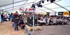 Fussballfestival mit DJ, die Attraktion mit Tradition. (Bild: Peter Jenni)