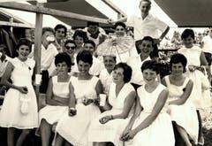 Kinderfest 1961: eine gemischte Schülergruppe.