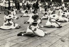 Bühnenvorführung Ende der 1950er- oder Anfang der 1960er-Jahre.