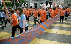 Am Umzug des Kinderfests 2008. (Bild: Reto Martin - 27. Mai 2008)