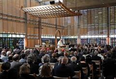 Der Papst hält seine Rede im ökumenischen Zentrum von Genf (Bild: AP Photo/Alessandra Tarantino)