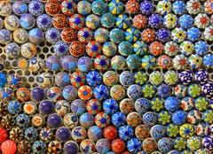 Für jedes Fläschlein gibt es auch ein spezielles Zäpflein, gesehen auf Palma De Mallorca. Bild: André Egli