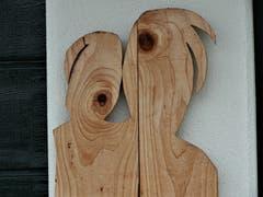 """""""Nicht weil es schwer ist, wagen wir es nicht, sondern weil wir es nicht wagen, ist es schwer"""" ! Diese zwei Holzgestalten im Eigenthal sind ein wunderbares Beispiel. Bild: Magrith Imhof-Röthlin"""