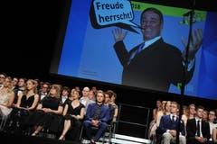 «Freude herrscht!» - so lautete das Motto der Maturafeier im Theater Uri. (Bild: Urs Hanhart, (Altdorf, 22. Juni 2018))