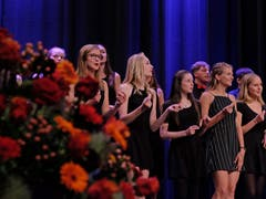 Stimmig: Der Chor bot gute Unterhaltung. (Bild: PD)