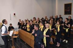 Der Gospelchor sang ein eindrückliches «O happy day». (Bild: Georg Epp (Sisikon, 24. Juni 2018))