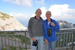 Mario und Patricia aus Oberwil (Baselland) wurden über das Internet auf die Steinbock-Safari aufmerksam und haben sofort gebucht. (Bild: aho)