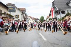 Festumzug am Jodlerfest Schötz. Im Bild: Alphorngruppe Santenberg. (Bild: Manuela Jans-Koch. Schötz 24.Juni 2018)