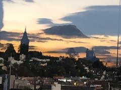 Spiegelbild über den Dächern von Luzern (Bild: Rita Wolfisberg)