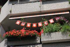Aber auch Schweizer Fans pflanzen Geranien auf dem Balkon.