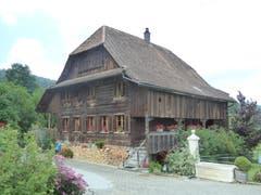 Schmuckes altes und gepflegtes Bauernhaus in Pfeffikon, Gemeinde Rickenbach. Bild: Josef Habermacher
