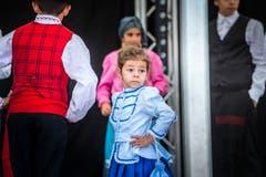 Kreuzlingen TG - Chrüzlingerfäscht. Nationenfest auf dem Boulevard in Kreuzlingen. Viele Länder sind mit einem Stand vertreten und bieten Speis und Trank an. Portugiesische Volkstänze und Gesang.