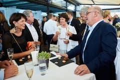 Das Hotel Montana ist das Hotel des Jahres 2018/2019 - und lässt sich deshalb feiern. Geladen sind viele Prominente aus der ganzen Schweiz. Hier: Direktor Fritz Erni mit Bundesrätin Doris Leuthard.