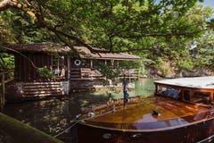Luzern: Am Ufer des Vierwaldstättersees liegt das schöne Bootshaus.
