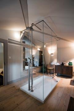 Bern: Das alte Zollhaus auf der Nydeggbrücke ist im Innern sehr modern.