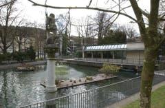 Die Voliere im St.Galler Stadtpark. Hier werden weiterhin Wasservögel aufgepäppelt. (Bild: Urs Bucher - 7. Oktober 2016)