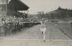 1930 findet auf der Allmend zum ersten Mal die Leichtathletik- Schweizer-Meisterschaft statt. Im Cross-Lauf siegt Hans Wehrli.