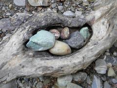 Steinkunst am Necker. (Bild: Verena Raschle)