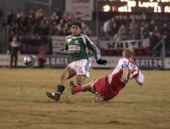 Ab der Saison 2004/05 war «Gate 24» mehrere Jahre Trikotsponsor des FC St.Gallen - im Bild der chilenische Mittelfeldspieler Julio Lopez. (Bild: Michel Canonica)