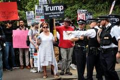 Die Polizei rechnet mit heftigen Protesten gegen Trump aus der Bevölkerung und hat sich deshalb auf einen der grössten Einsätze der jüngeren Vergangenheit vorbereitet. (Bild: Jack Taylor/Getty Images)