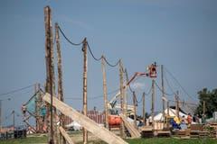 Auch Stromleitungen werden gezogen. (Bild: Pius Amrein (Escholzmatt, 12. Juli 2018))