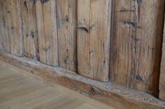 Markierungen lassen vermuten, dass das Haus ab- und wieder aufgebaut wurde.