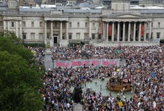 Schätzungen der Initiative «Stop Trump» sprachen sogar von «mindestens 250'000» Demonstranten allein in London. (Bild: AP Photo/Luca Bruno)