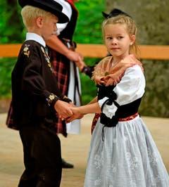 Aufführung der Kindertanzgruppe Alpnach. (Bild: Robert Hess (Alpnach, 15. Juli 2018))