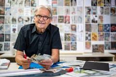 Der E,,er Künstler Werner Richli (69) in seinem Atelier im Untergeschoss seines Hauses in Emmen. (Bild: Philipp Schmidli (26. Juni 2018))